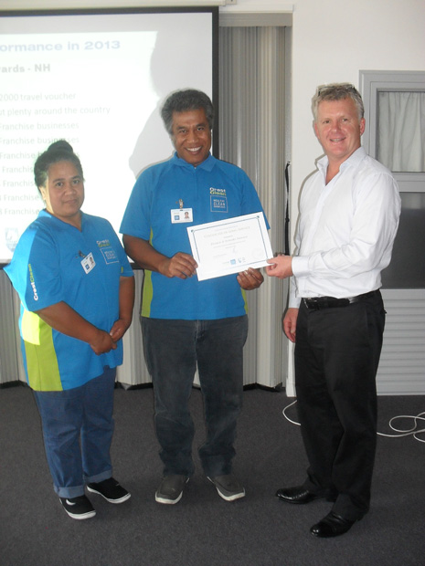 Above are Teneaki and Francis Nawaia receiving their 3 year Long Service certificate at the Team Meeting.
